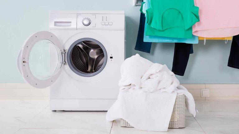 Нужно ли мне оставлять дверцу стиральной машины открытой?  — LifeSavvy