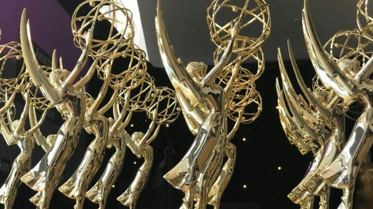 Как смотреть лучшие драмы 2021 года, номинированные на премию «Эмми»