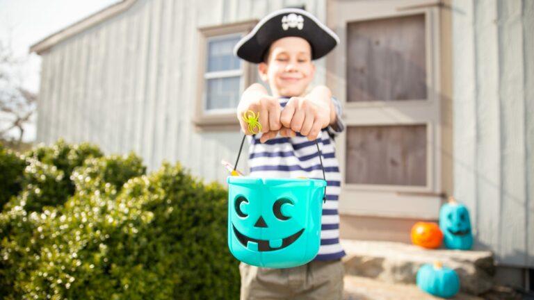 Ваш Хэллоуин безопасен для детей?  — LifeSavvy
